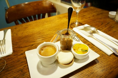 Comment Presenter Un Cafe Gourmand
